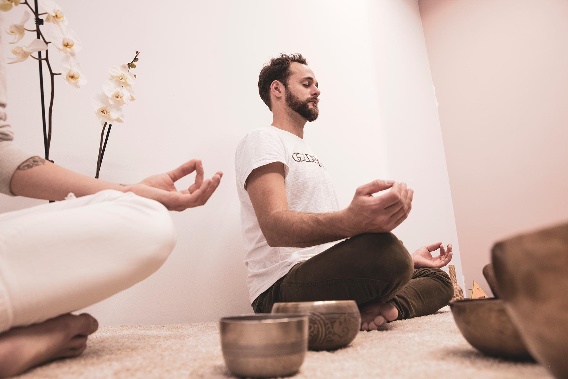Vizualizacija in meditacija, lebdenje v komori